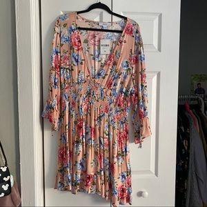 🌸 F21+ Floral Mini Dress